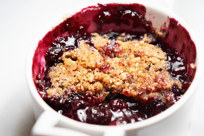 Apple and berry crumble | Smeg CZ